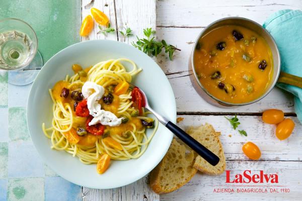 LaSelva_Spaghetti_mit_bunter_Tomatensauce